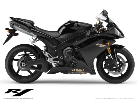 Yamaha R1 Black