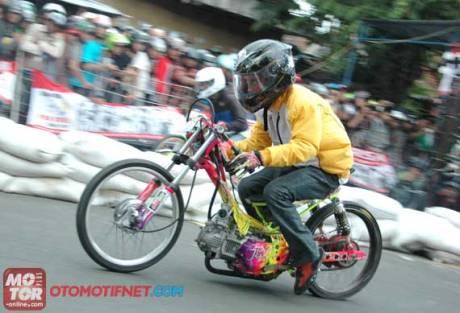 20121205_podiumberkatJupiter_1